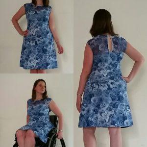 tricotjurk blauwe bloemen