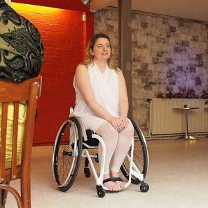 talent search shimmy shake rolstoel
